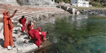 local ritual himalaya india