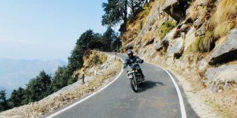 mountain road himalaya india