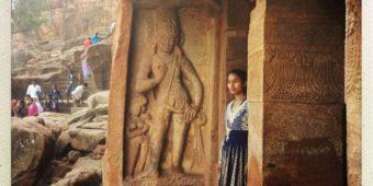 carving badami caves