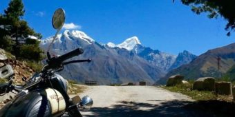 motorcycle tour mountains himalaya