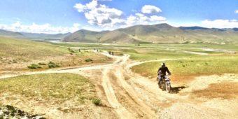 motorcycle sand mongolia