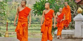 buddhist monks laos