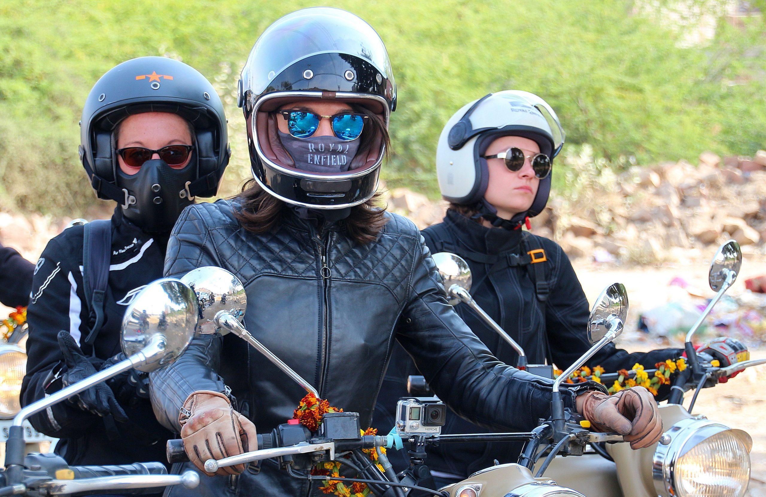 girls ride rajasthan