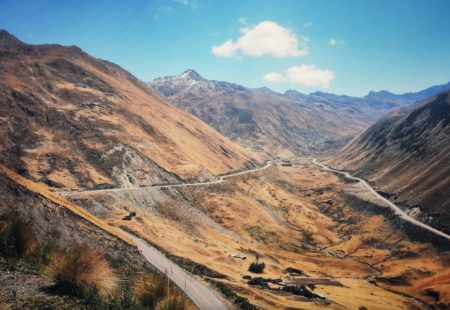 <h2>The approaches to Cusco and the Mauk'allaqta Inca ruins</h2> Riding across the Sacred Inca Valley is a dream! There are plenty of things to see on the way as most of the route is on superb tracks.