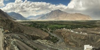 india himalaya valley nubra landscape