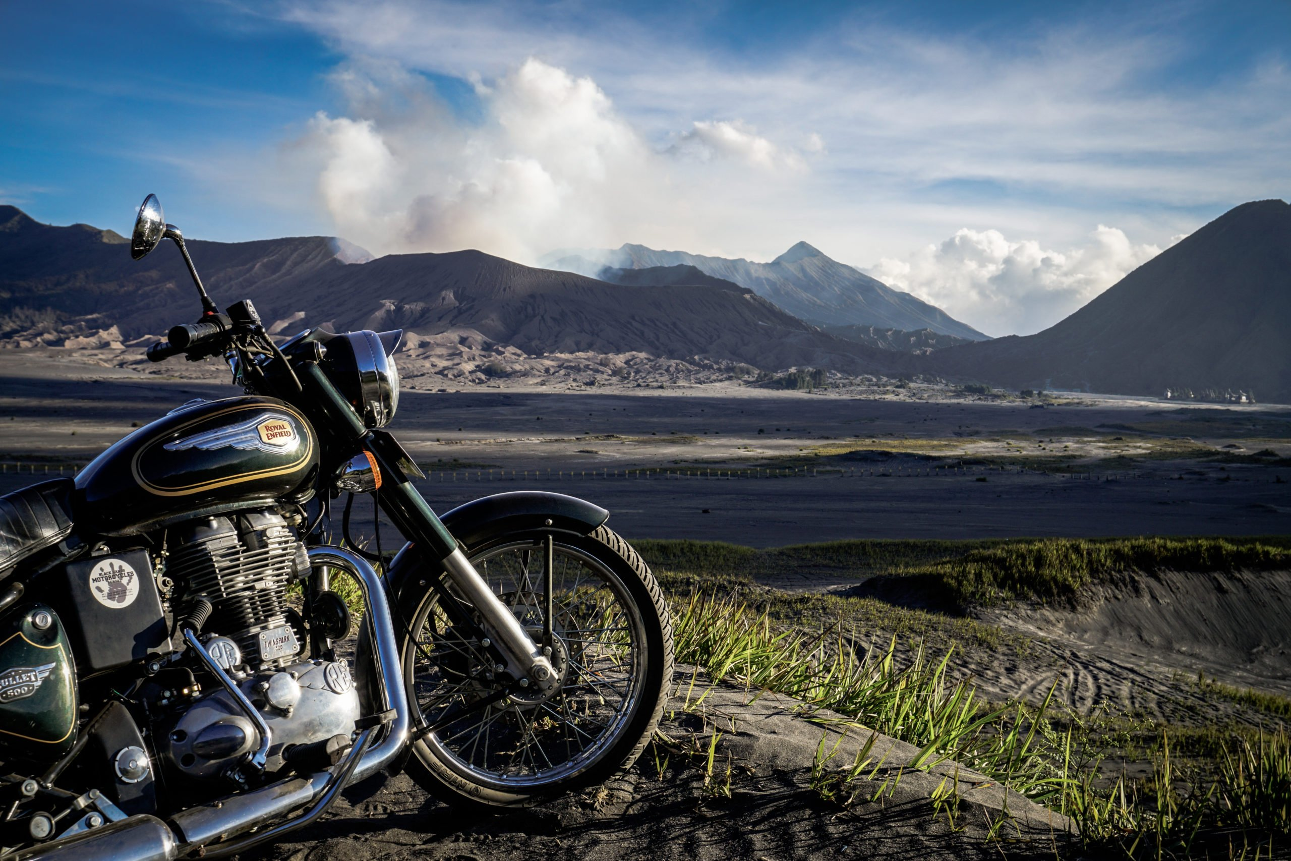 Motorcycle road trip Indonesia - From Bali to Java on the Volcanoes Trail