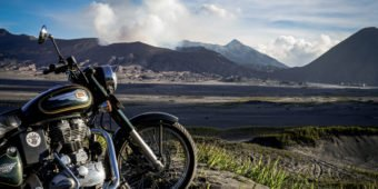Motorcycle tour - From Bali to Java on the Volcanoes Trail