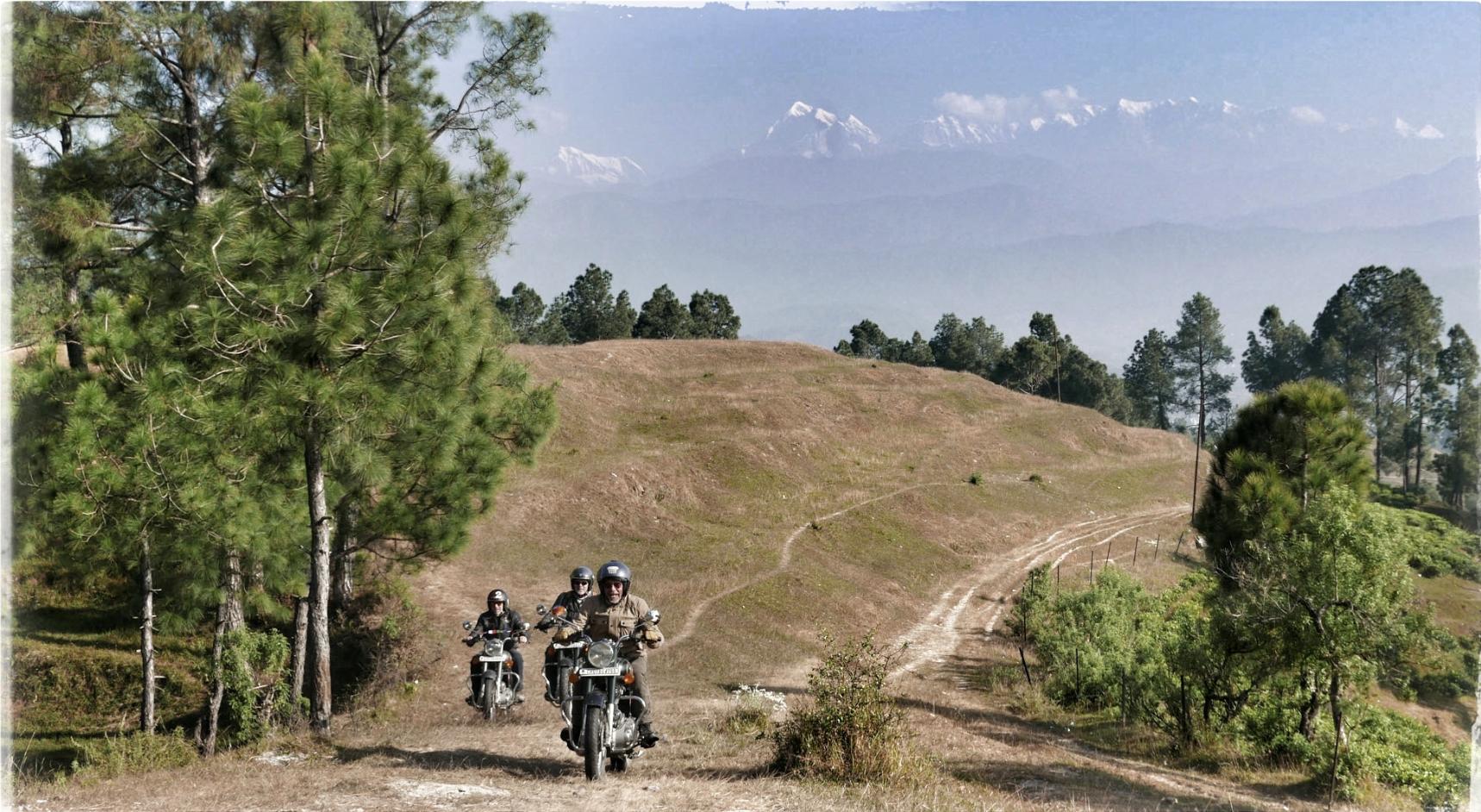 Motorcycle road trip India / Himalaya - Luxury Tour in Uttarakhand