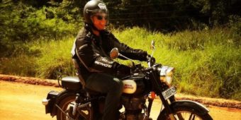 classic motorcycle tour sri lanka