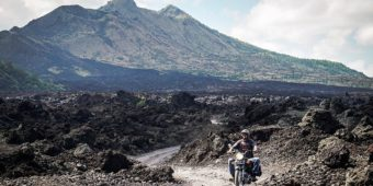 bike tour indonesia volcano