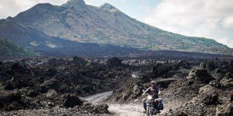 bike tour indonesia volcano