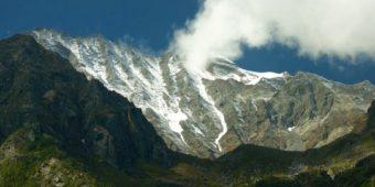 mountains himalaya