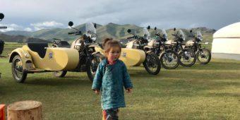 riding mongolia