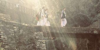 local schoolchildren indian himalayas