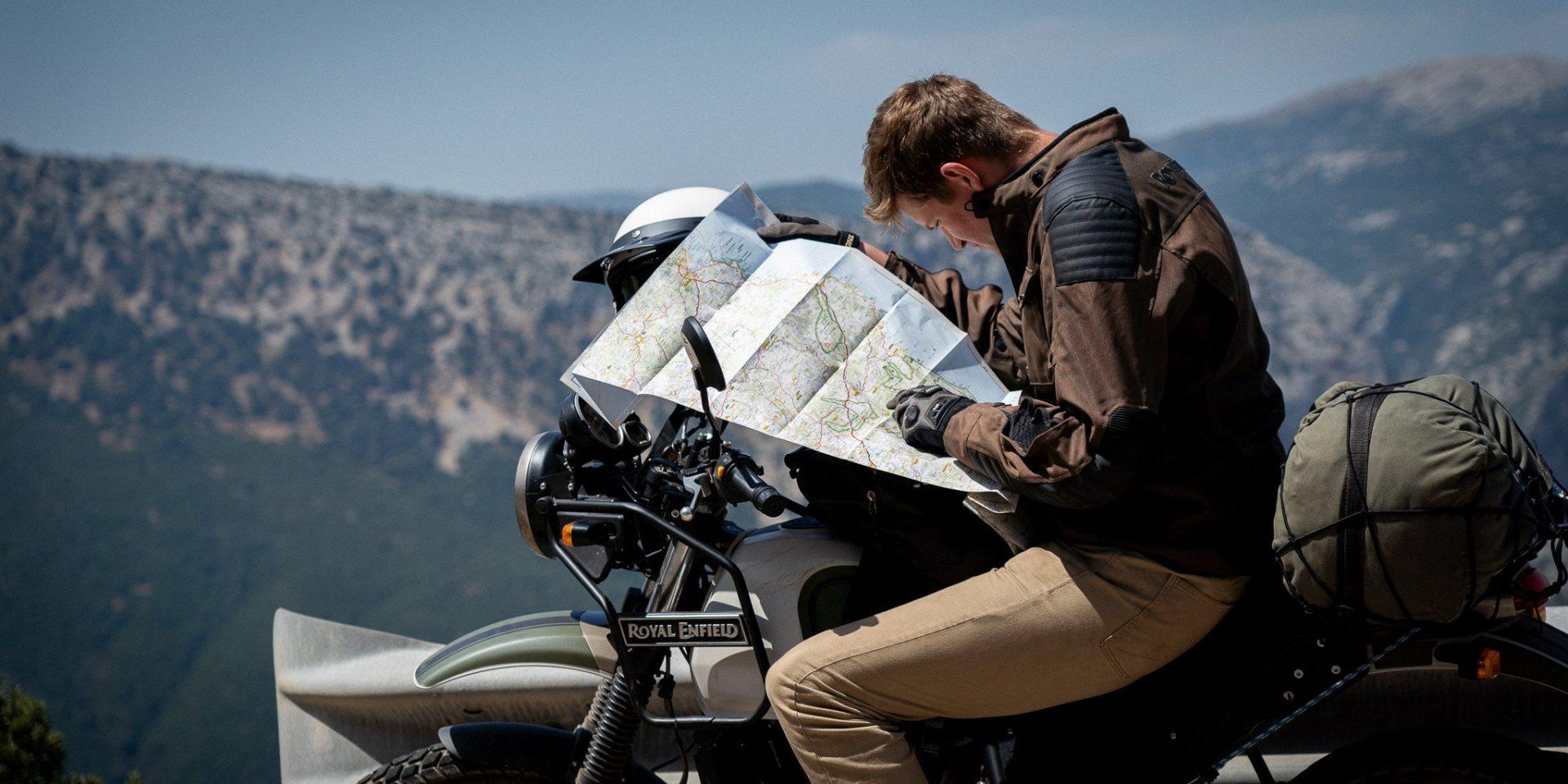 circuit moto en sardaigne